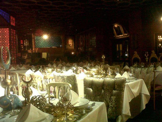 golden_cage_restaurant (2)