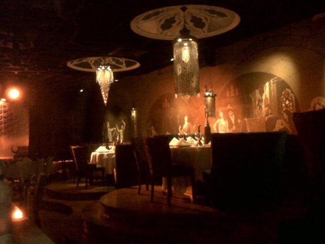 golden_cage_restaurant (3)