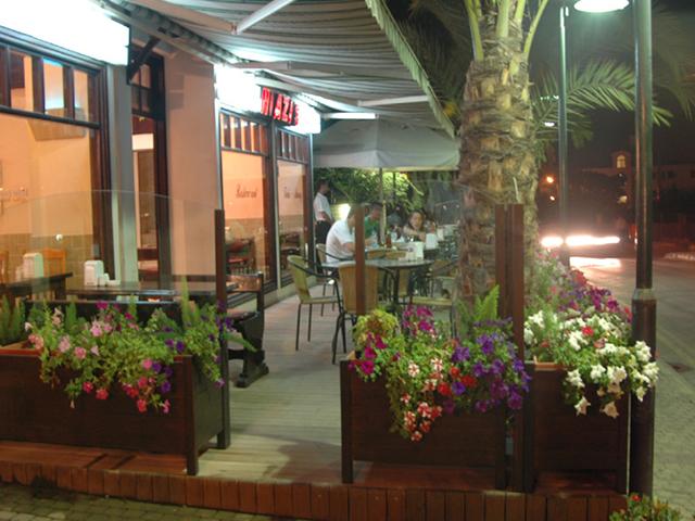 niazis_restaurant (1)