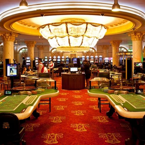 Гігантські казино зал Conti робота + казино + в Єревані