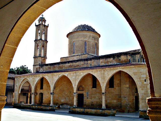 st_mamas_manastiri (1)